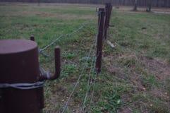 Barb Wire Fence fotografie stock libere da diritti