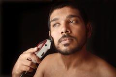Barba do aparamento do homem Imagem de Stock