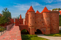 Barbacane in de Oude Stad van Warshau, Polen Stock Foto