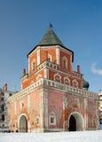Barbacanetoren (Brugtoren), Izmaylovo-Landgoed, Moskou, Rusland Royalty-vrije Stock Afbeelding
