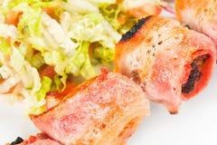 Barbacoa con la salsa y las verduras Foto de archivo