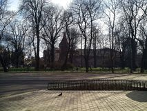 Barbakan, lokalizować w parku w starym miasteczku Krakow, zdjęcie stock