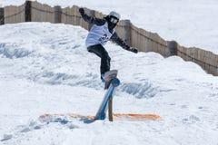 Barbara Almeida durante i campionati del cittadino dello snowboard Immagine Stock