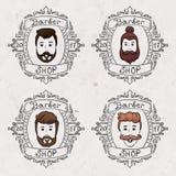 A barbearia anuncia a barba dos penteados e o corte da cara do cabelo, coleção dos desenhos animados da garatuja do homem novo no ilustração do vetor