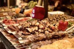 Barbecue au marché en plein air Image libre de droits