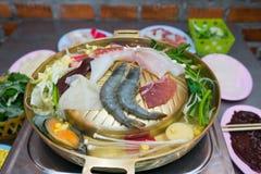 Barbecue coréen ou Yakiniku dans le style japonais image libre de droits
