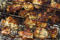 Barbecue cuit sur le gril photographie stock
