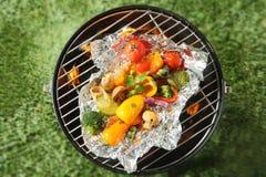 Barbecue d'été de Vegan ou de végétarien Photographie stock