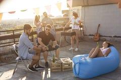 Barbecue de dessus de toit Photos stock