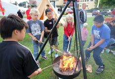 Barbecue dei bambini. Immagine Stock