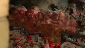 Barbecue nel ristorante stock footage