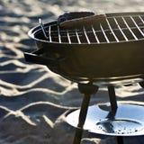 Barbecue sur la plage Image libre de droits