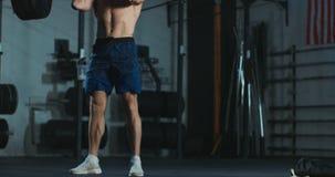 Άσκηση λήξης αθλητικών τύπων barbell απόθεμα βίντεο