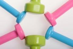 Barbells στο διαφορετικό χρώματα σχέδιο κύκλων, τοπ άποψη στοκ εικόνα με δικαίωμα ελεύθερης χρήσης