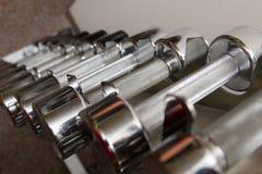 Barbells do ferro na ginástica Imagens de Stock