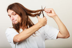 Barber cutting hair Royalty Free Stock Photo