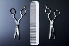 Barber Scissors professionale alla moda, taglio dei capelli ed assottigliarsi Fotografia Stock