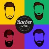 Barber Shop- oder Friseurhintergrund stellte mit Frisurnscheren, Rasierpinsel, Rasiermesser, Kamm für Mannsalonvektor ein Stockfoto