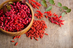Free Barberry With Leaves And Dry Goji Berries Royalty Free Stock Photo - 56261635
