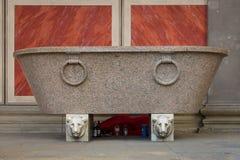 Barbone che dorme al museo di Altes delle pareti Immagine Stock