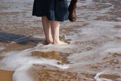 Barbotage des pieds Image libre de droits