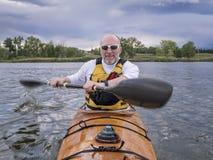 Barbotage du kayak de mer Images libres de droits