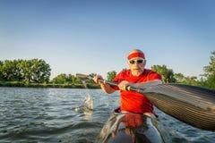 Barbotage emballant le kayak de mer Image libre de droits