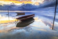Barca alla spiaggia di aru di Tanjung, Labuan La Malesia 11 Fotografia Stock