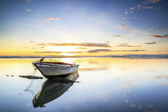 Barca alla spiaggia di aru di Tanjung, Labuan La Malesia 02 Immagine Stock Libera da Diritti