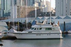 Barca in boathouse Fotografia Stock Libera da Diritti