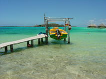 Barca in Bora Bora Fotografia Stock Libera da Diritti