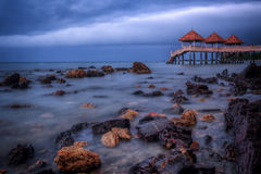 Barca con la vista di alba Fotografia Stock
