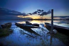 Barca con un bello cielo. Fotografia Stock Libera da Diritti