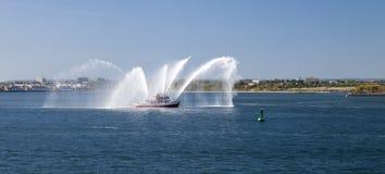 Barca del corpo dei vigili del fuoco di New York in Hudson River Fotografia Stock