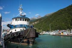 Barca del rimorchiatore a Skagway, Alaska Immagini Stock Libere da Diritti