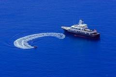 Barca della gente Fotografie Stock Libere da Diritti