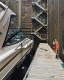 Barca dentro il canale del carillon Fotografia Stock