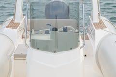 Barca dettagliatamente sul mare immagini stock libere da diritti