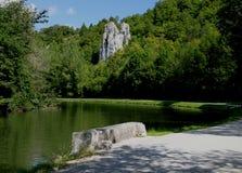 Barca di canale e del fiume, canale du Nivernais, Borgogna Immagine Stock Libera da Diritti