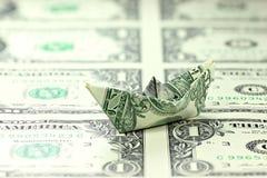 Barca di carta del dollaro americano Fotografie Stock Libere da Diritti