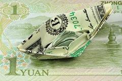 Barca di carta del dollaro americano fotografia stock libera da diritti