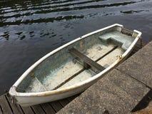 Barca di Kingston-Sopra-Tamigi Tamigi immagine stock libera da diritti