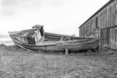 Barca di legno abbandonata Immagini Stock Libere da Diritti