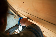 Barca di legno di costruzione Fotografie Stock Libere da Diritti