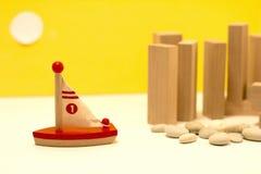 Barca di legno miniatura Immagini Stock