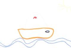 Barca di navigazione che viaggia sulle onde Immagini Stock Libere da Diritti