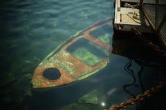 Barca di Sinked fotografia stock