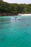 Barca di velocità in mare Immagine Stock