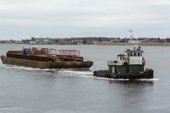 Barca do equipamento do reboque de Tug Bucky Fotografia de Stock