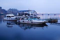 Barca e bacino Fotografie Stock Libere da Diritti